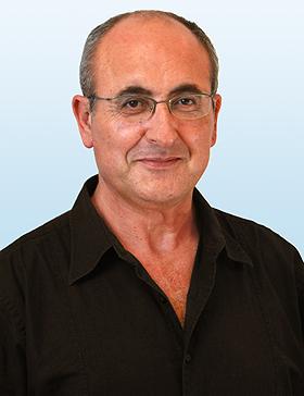 דניאל בן-סימון